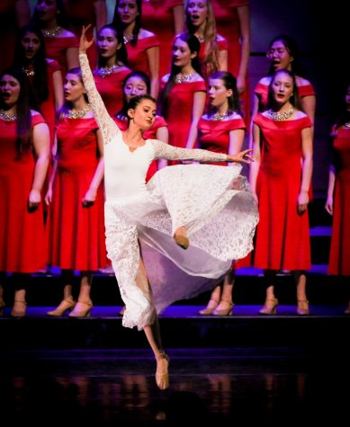 Kaitlyn Garcia dances at the Christmas at Kravis concert.