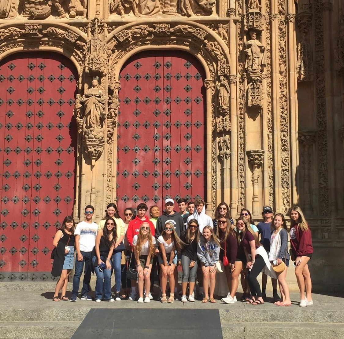 TKA students excited for a day of class at the University of Salamanca!