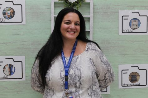 Senior English teacher, Mrs. Espina, begins her sixteenth year of teaching at The King